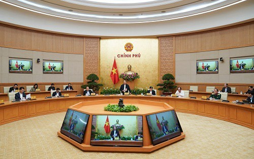 Nguyên Xuân Phuc: Toute personne se soustrayant au confinement sera sanctionnée sévèrement - ảnh 1