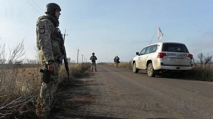 Est de l'Ukraine: pas de résultat lors d'une rencontre sur le règlement du conflit - ảnh 1