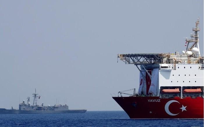 Le ministre grec de la Défense n'exclut pas un conflit militaire avec la Turquie - ảnh 1