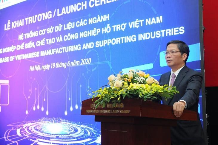 Inauguration d'une base de données sur les industries auxiliaires au Vietnam - ảnh 1