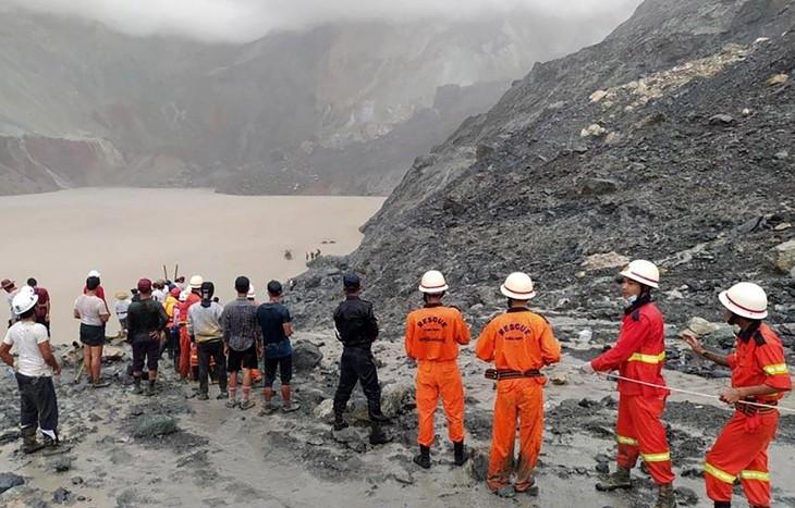 Myanmar: plus de 160 morts dans un glissement de terrain dans des mines de jade  - ảnh 1