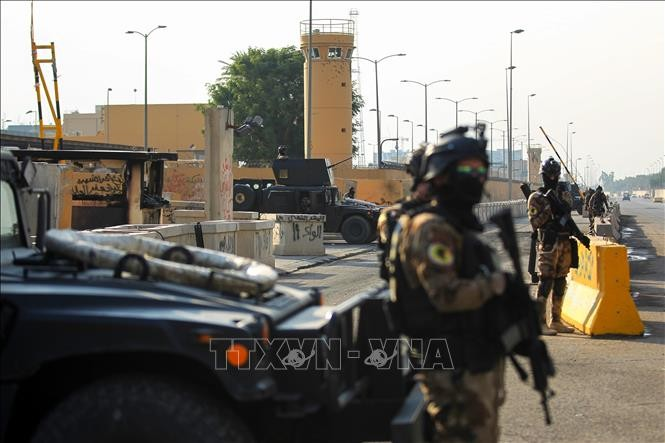 Irak : nouvelles roquettes contre des intérêts américains malgré des arrestations  - ảnh 1