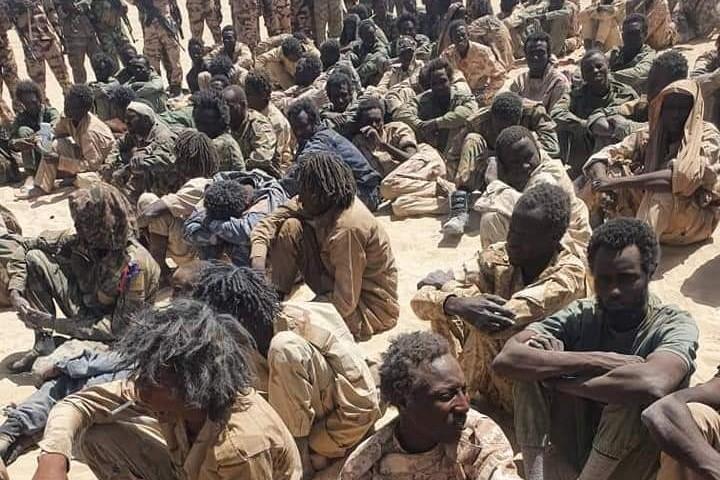Tchad : plus de 300 rebelles et cinq militaires tués dans des combats - ảnh 1