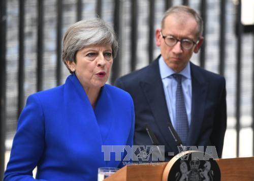Theresa May announces cabinet reshuffle - ảnh 1