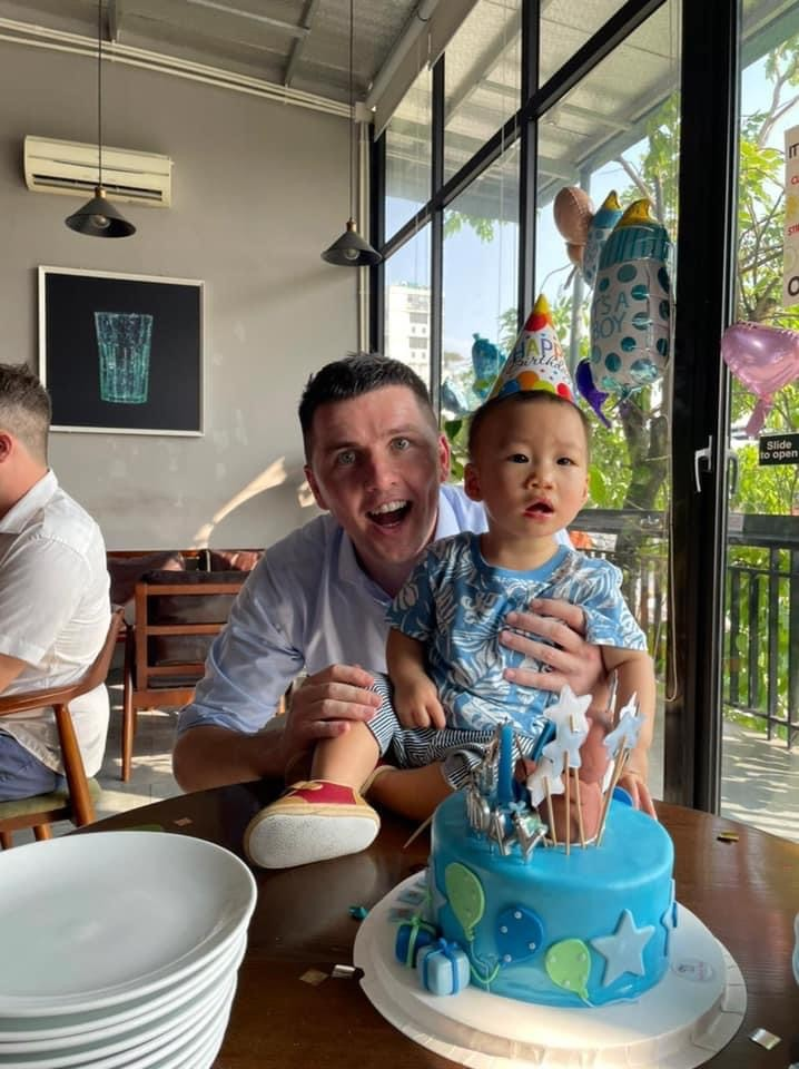 Irish single dad's special bond with Vietnamese baby with cleft lip - ảnh 4