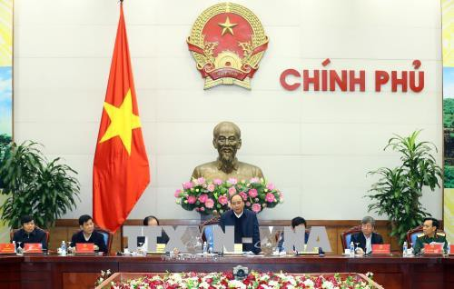 Nguyen Xuan Phuc préside une réunion avec le comité de coopération Vietnam-Laos - ảnh 1