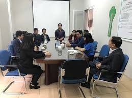Le vietnamien du commerce: Leçon 1:  Présenter les participants à une discussion - ảnh 1