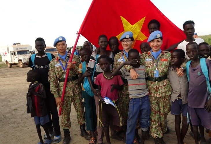 Les Casques bleus renvoient l'image d'un Vietnam amical et dynamique - ảnh 3