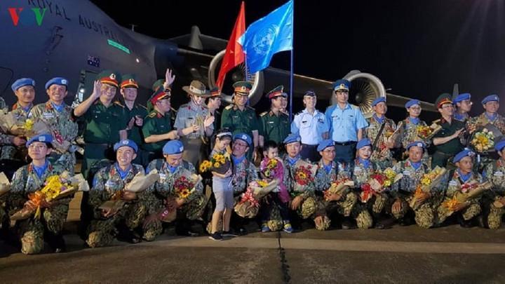 Les Casques bleus renvoient l'image d'un Vietnam amical et dynamique - ảnh 1