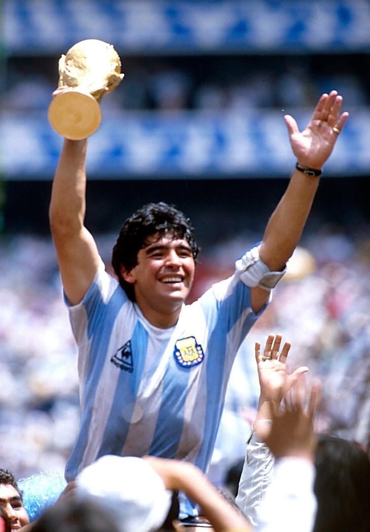 Diego Maradona, une vie et une carrière en images  - ảnh 10
