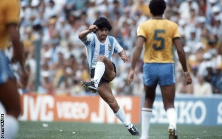 Diego Maradona, une vie et une carrière en images  - ảnh 7