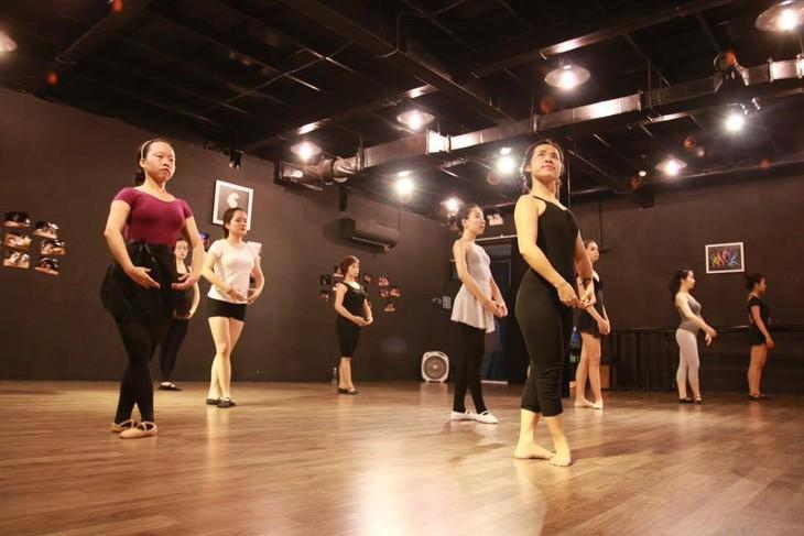 Ballet classes for adult      - ảnh 2