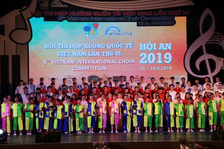 World choirs compete in Hoi An - ảnh 1