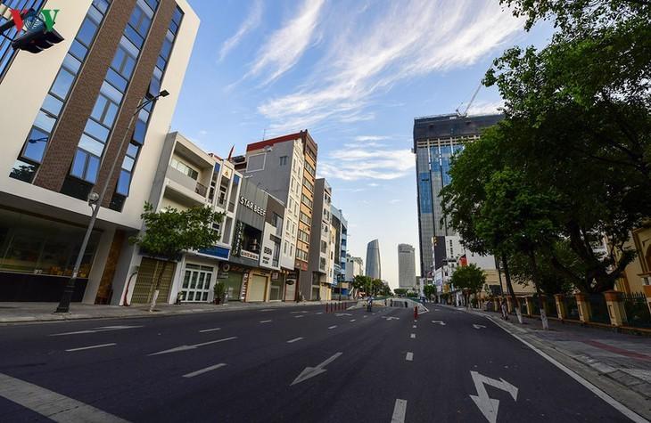 Vibrant Da Nang city turns quiet amid COVID -19  - ảnh 4