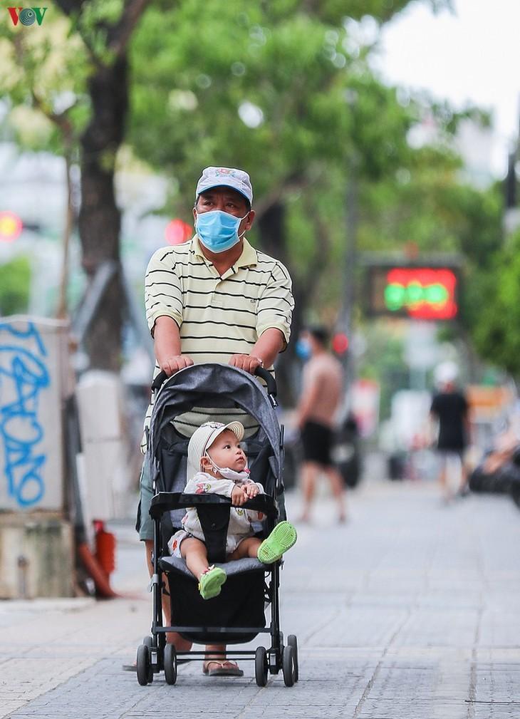 Vibrant Da Nang city turns quiet amid COVID -19  - ảnh 10