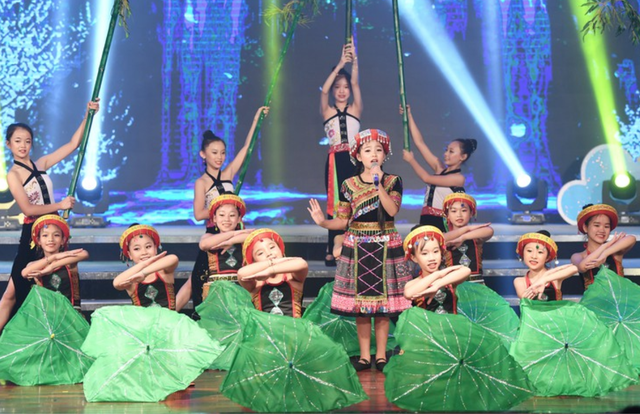 5th Nightingale Singing Festival concludes - ảnh 1