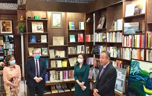 The Tale of Kieu highlighted at Paris exhibition  - ảnh 1