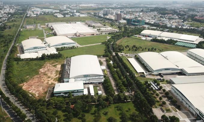 Intel, Samsung to resume full production in November - ảnh 1
