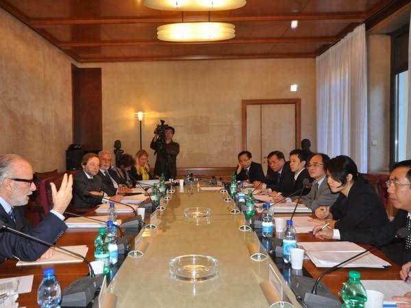 Vietnam tauscht Erfahrungen mit italienischem Rechnungshof aus  - ảnh 1