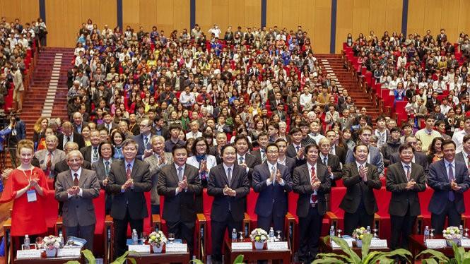 Vietnam in den Augen der internationalen Freunde - ảnh 1