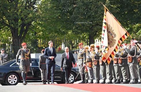Die gemeinsame Erklärung zwischen Vietnam und Österreich betont die verstärkte Zusammenarbeit - ảnh 1