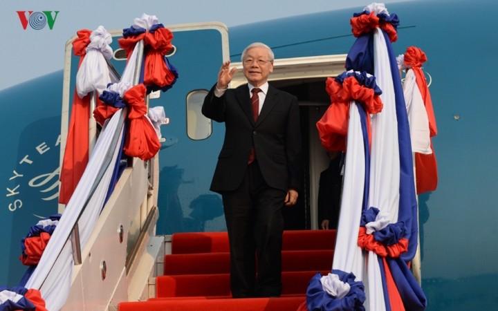 Medien in Laos: Der Besuch des vietnamesischen KPV-Generalsekretärs Nguyen Phu Trong ist von historischer Bedeutung - ảnh 1