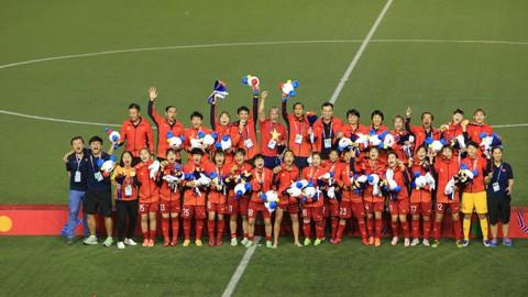 Die vietnamesische Fußballmannschaft der Frauen ist Meister bei den Südostasien-Spielen  - ảnh 1
