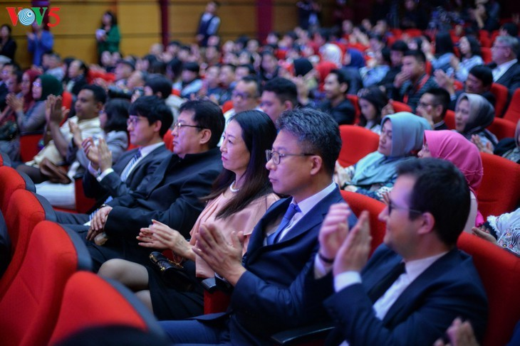 Schreibwettbewerb über die Beziehungen zwischen Vietnam und Indonesien - ảnh 2