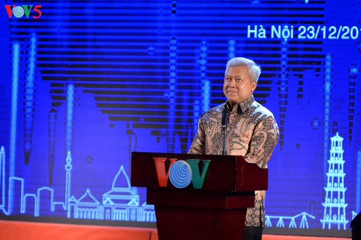 Schreibwettbewerb über die Beziehungen zwischen Vietnam und Indonesien - ảnh 5