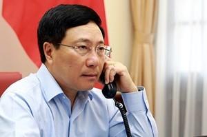 Vize-Premierminister und Außenminister Pham Binh Minh führt Telefongespräch mit der kubanischen Amtskollegin - ảnh 1