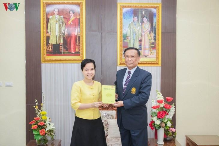 Veröffentlichung des Buchs über Präsident Ho Chi Minh in Thailand - ảnh 1