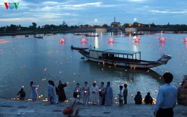 Festival mit der Botschaft für Frieden in Quang Tri - ảnh 1