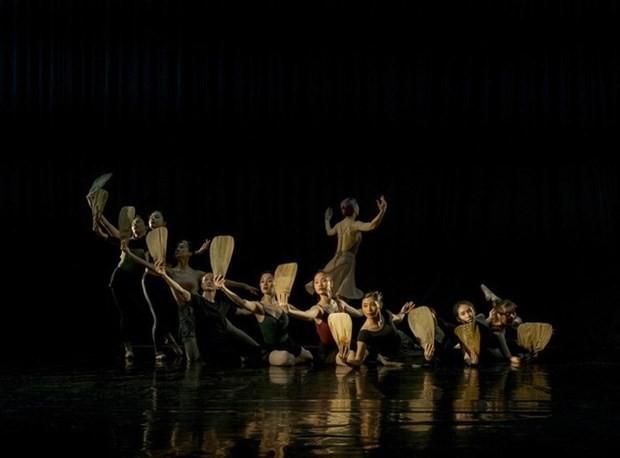 """Vietnamesische Künstler bringen das Versepos """"das Mädchen Kieu"""" auf Ballett-Bühne - ảnh 1"""