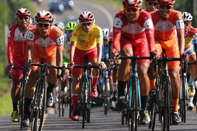 Abschluss des Radrennens Fernseh-Pokal in Ho-Chi-Minh-Stadt - ảnh 1