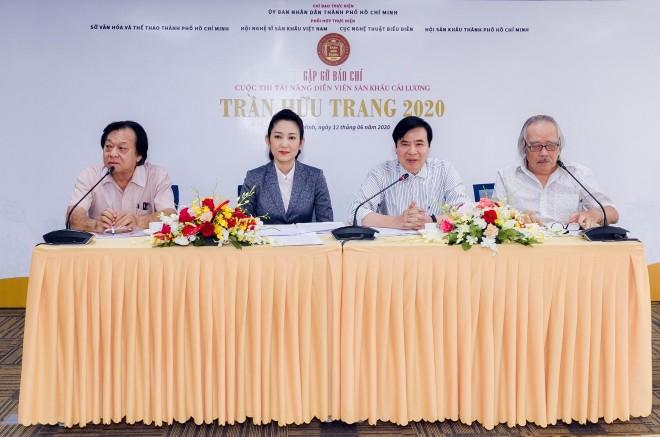 Wettbewerb für Künstler des folkloristischen Gesangs Cai Luong 2020 - ảnh 1