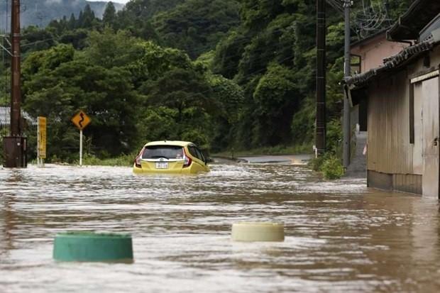 Hochwasser in mehreren Provinzen in Japan und China - ảnh 1