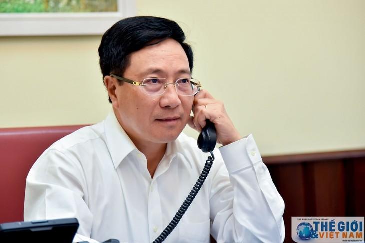 Vize-Premierminister, Außenminister Pham Binh Minh telefoniert mit seinem südkoreanischen Amtskollegen - ảnh 1