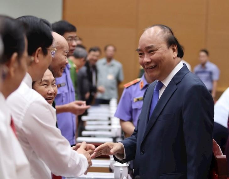 Premierminister Nguyen Xuan Phuc nimmt am Jubiläum zum 60. Gründungstag der Staatsanwaltschaft teil - ảnh 1