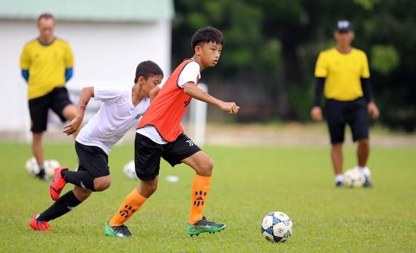 Vietnamesische Juventus-Fußballakademie wählt 36 Fußballspieler aus - ảnh 1