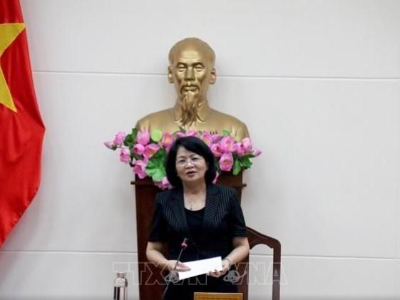 Vize-Staatspräsidentin Dang Thi Ngoc Thinh: Binh Thuan sollte die Verwaltungsreform verstärken - ảnh 1