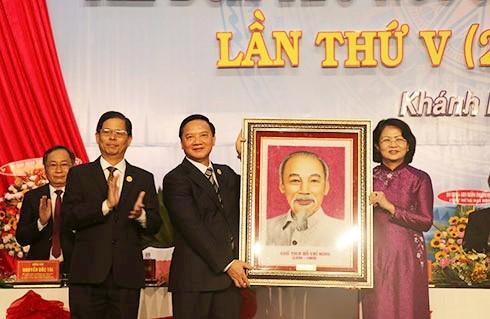 Vize-Staatspräsidentin Dang Thi Ngoc Thinh nimmt an Patriotismus-Konferenz der Provinz Khanh Hoa teil - ảnh 1