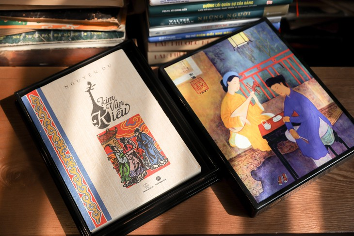 """Eindruck der Bücher aus Do-Papier auf dem Buchmarkt """"Kulturidentität Hanois"""" - ảnh 1"""
