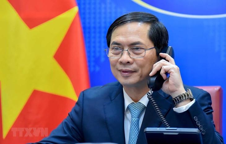 Verstärkung der diplomatischen Beziehungen zwischen Vietnam, China, Indien und Marokko - ảnh 1