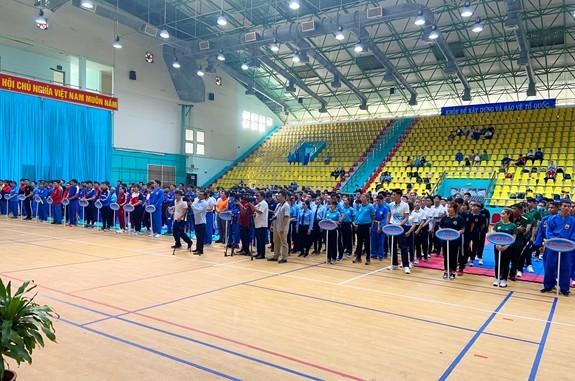 Mehr als 300 Sportler beteiligen sich an Landeswettkämpfe für Vovinam-Mannschaften - ảnh 1