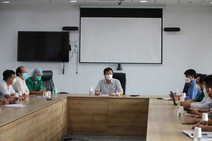 Alles für Covid-19-Patienten in Intensivklinik tun - ảnh 2