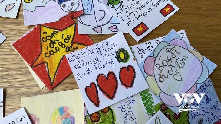 Liebesbotschaften von Kindern an die Front gegen die Epidemie - ảnh 6