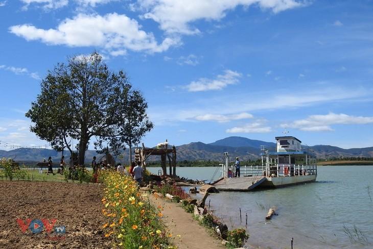 Kon Trang Long Loi entwickelt gemeinschaftsbasierten Tourismus - ảnh 1