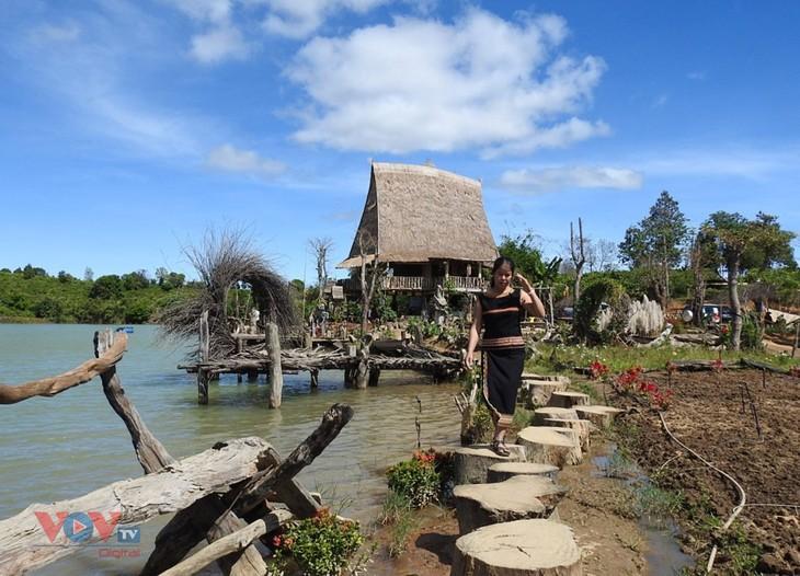 Kon Trang Long Loi entwickelt gemeinschaftsbasierten Tourismus - ảnh 2