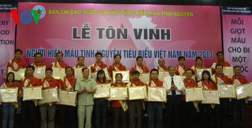 Việt Nam hưởng ứng ngày thế giới tôn vinh người hiến máu tình nguyện - ảnh 1