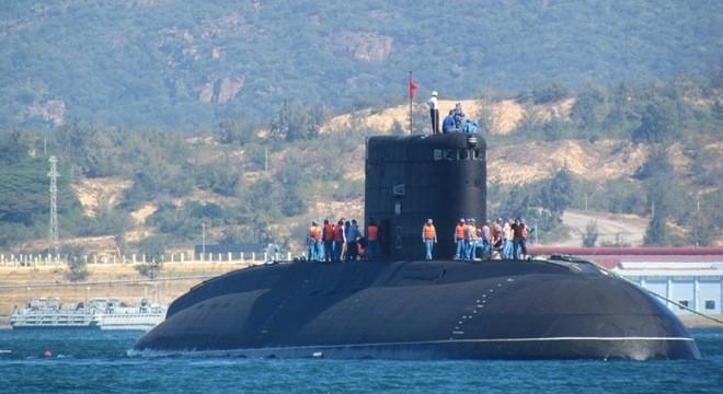 Tàu ngầm Hà Nội đã vào Quân cảng Cam Ranh an toàn tuyệt đối  - ảnh 2